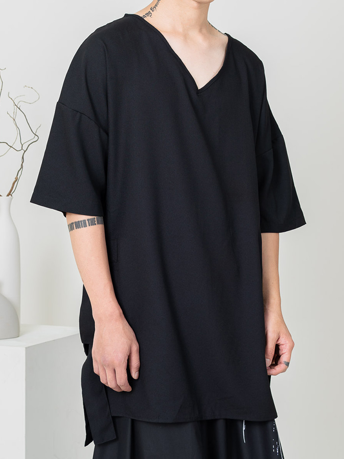 [UNISEX] Long v neck T-shirt
